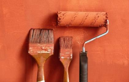 Kā aprēķināt krāsošanas darbu izmaksas?