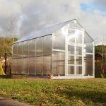 Siltumnīca KLASIKA HOUSE 3 7.45 m2 (3170 x 2350 mm) ar pamatiem un 6mm polikarbonāta pārklājumu